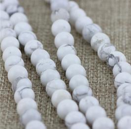 Armband aus Turquoise Perlen mit Anhänger