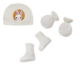 Комплект за новородено от 3 части - шапка, ръкавички, терлички в бяло
