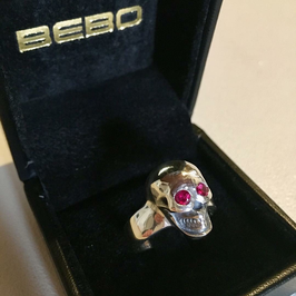 ANATOMICAL SKULL RING DELUXE