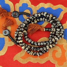 Mala en os noir - 108 perles et compteurs - spirale