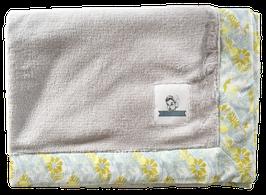 Blanket - Grey fleece / Akela