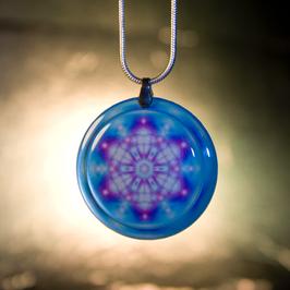 Quantum Lightweaving Pendant