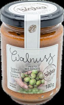 Walnuss-Pesto mit Tomate