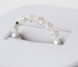 Ref.: 00019. Anillo de plata esterlina 925 y zircon. Estrellas