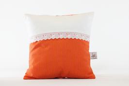 Kissen mit Spitze orange streifen