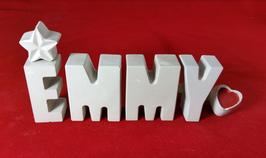 Beton, Steinguss Buchstaben 3D Deko Namen EMMY als Geschenk verpackt mit Stern und Herzklammer!