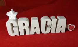 Beton, Steinguss Buchstaben 3D Deko Namen GRACIA als Geschenk verpackt mit Stern und Herzklammer!