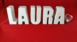 Beton, Steinguss Buchstaben 3D Deko Namen LAURA als Geschenk verpackt mit Stern und Herzklammer!