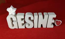Beton, Steinguss Buchstaben 3D Deko Namen GESINE als Geschenk verpackt mit Stern und Herzklammer!