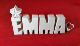 Beton, Steinguss Buchstaben 3D Deko Namen EMMA als Geschenk verpackt mit Stern und Herzklammer!