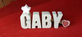 Beton, Steinguss Buchstaben 3D Deko Namen GABY als Geschenk verpackt mit Stern und Herzklammer!
