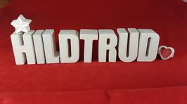 Beton, Steinguss Buchstaben 3D Deko Namen HILDTRUD als Geschenk verpackt mit Stern und Herzklammer!
