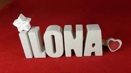 Beton, Steinguss Buchstaben 3D Deko Namen ILONA als Geschenk verpackt mit Stern und Herzklammer!