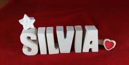 Beton, Steinguss Buchstaben 3D Deko Namen SILVIA als Geschenk verpackt mit Stern und Herzklammer!