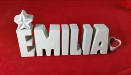 Beton, Steinguss Buchstaben 3D Deko Namen EMILIA als Geschenk verpackt mit Stern und Herzklammer!