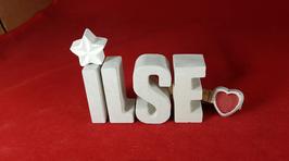 Beton, Steinguss Buchstaben 3D Deko Namen ILSE als Geschenk verpackt mit Stern und Herzklammer!