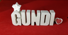 Beton, Steinguss Buchstaben 3D Deko Namen GUNDI als Geschenk verpackt mit Stern und Herzklammer!