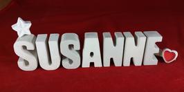 Beton, Steinguss Buchstaben 3D Deko Namen SUSANNE als Geschenk verpackt mit Stern und Herzklammer!