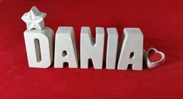 Beton, Steinguss Buchstaben 3D Deko Namen DANIA als Geschenk verpackt mit Stern und Herzklammer!