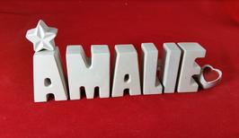 Beton, Steinguss Buchstaben 3D Deko Namen AMALIE als Geschenk verpackt!