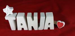 Beton, Steinguss Buchstaben 3D Deko Namen TANJA als Geschenk verpackt mit Stern und Herzklammer!