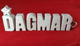 Beton, Steinguss Buchstaben 3D Deko Namen DAGMAR als Geschenk verpackt mit Stern und Herzklammer!