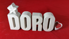 Beton, Steinguss Buchstaben 3D Deko Namen DORO als Geschenk verpackt mit Stern und Herzklammer!