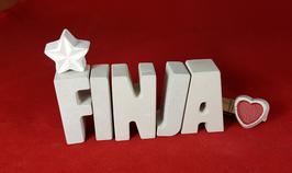 Beton, Steinguss Buchstaben 3D Deko Namen FINJA als Geschenk verpackt mit Stern Und Herzklammer!