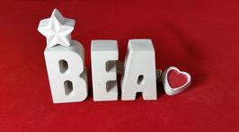 Beton, Steinguss Buchstaben 3D Deko Stern Namen BEA als Geschenk verpackt!