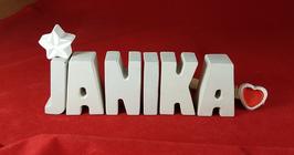 Beton, Steinguss Buchstaben 3D Deko Namen JANIKA als Geschenk verpackt mit Stern und Herzklammer!