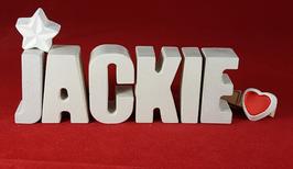 Beton, Steinguss Buchstaben 3D Deko Namen JACKIE als Geschenk verpackt mit Stern und Herzklammer!