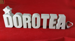 Beton, Steinguss Buchstaben 3D Deko Namen DOROTEA als Geschenk verpackt mit Stern und Herzklammer!