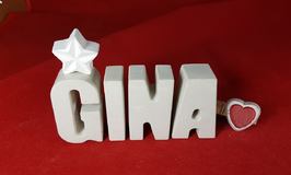 Beton, Steinguss Buchstaben 3D Deko Namen GINA als Geschenk verpackt mit Stern und Herzklammer!
