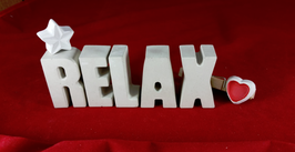 Beton, Steinguss Buchstaben 3D Deko Stern Namen RELAX als Geschenk verpackt!
