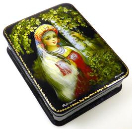 Russische Schönheit - Russische Schatulle Lackdosen Fedoskino, Artikel WP10