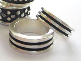 Designerringe aus Silber einzeln oder für Paare