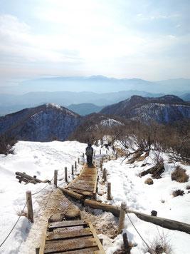 雪の塔ノ岳