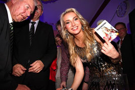Silvesterparty Acamed mit Anna-Carina Woitschack