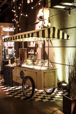Eiswagen mieten kaufen Frankfurt Nostalgisch Hochzeit