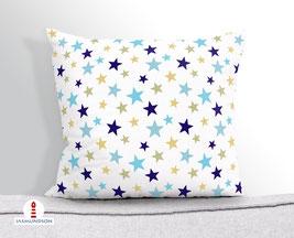 Kissen für Kinder und Babys mit Sternen in Blau und Beige auf Weiß aus Baumwollstoff - andere Farben möglich