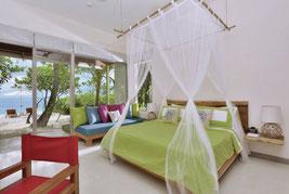 Malediven Urlaub Insel Helengeli für Taucher zum Schnorcheln auf Cooee Oblu at Helengeli