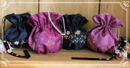 Trachtentaschen, Dirndeltasche, Trachtentaschen bestickt mit Gold, Goldstickereien, Herbstfest, Oktoberfest, Dirndl und Tracht, Volksfest, Hochzeitstasche, Brautbeutel, Kommuniontasche, Kommunionsbeutel,