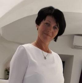 Daniela Staudinger - Geschäftsführerin mit mehrjähriger Erfahrung in der Pflege in Österreich und in der Schweiz