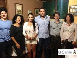 Reunión social de los jóvenes poetas en casa de Esteban Escalante.