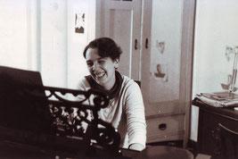 Thessi am Flügel 1984