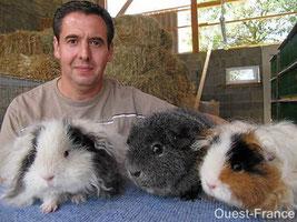 Luc Audureau et quelques animaux de son élevage