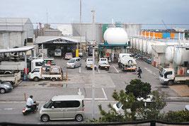 南ぬ浜町への移転が計画される先島ガスの危険物取扱施設=9日午後