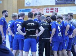 Van Zuilekom stellt das Team auf Disziplin und erfolgreichen Abschluss ein. 18 Tore reichen nicht um ein Handballspiel zu gewinnen!