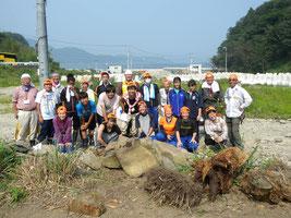 女川町ウミネコハウス開墾作業
