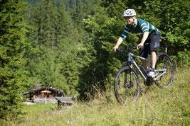 Testen Sie das Fahrgefühl auf einem e-Mountainbike bei einer Probefahrt in Schleswig